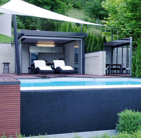 aussenpool mit automatischer abdeckung j d schwimmbad bau design. Black Bedroom Furniture Sets. Home Design Ideas